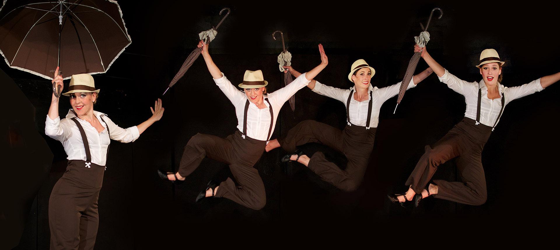 3 Damen tanzen Swing im Stil der 20er Jahre